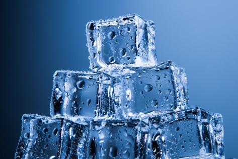 ice-cubes-1462093181CzQ